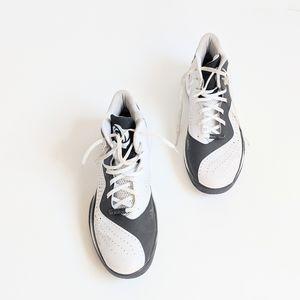 Derek Rose Adidas Basketball Shoes